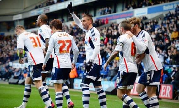 Блэкпул - Болтон прогноз на матч Первой лиги Англии по футболу 25 февраля