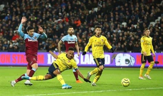 Арсенал - Вест Хэм прогноз на футбоотный матч Английской Премьер-лиги 7 марта